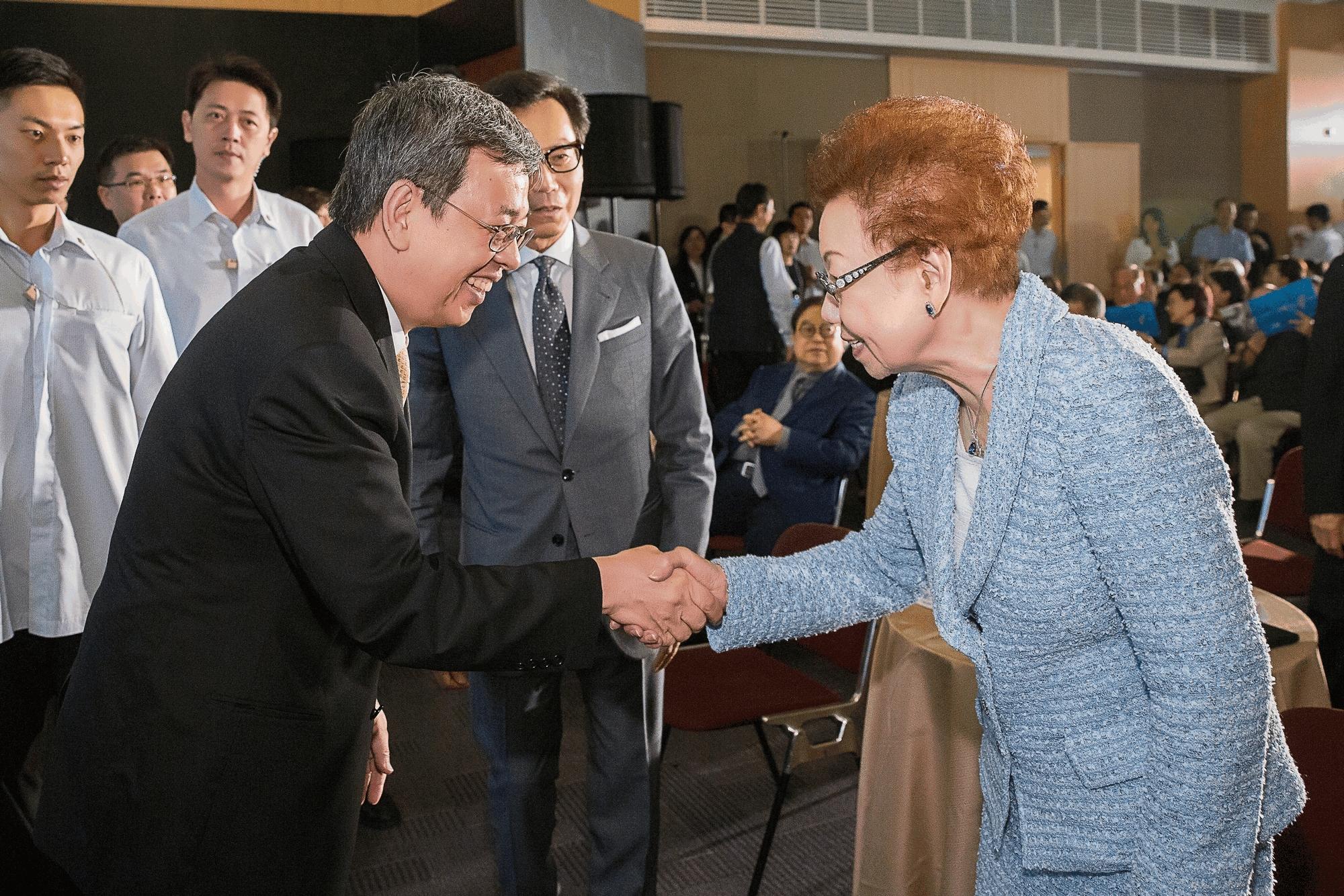 副總統 陳建仁先生 與 蔡總裁夫人
